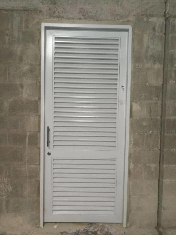fabrica puertas metalicas (2)