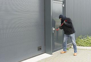 puertas industriales metálicas en popsy